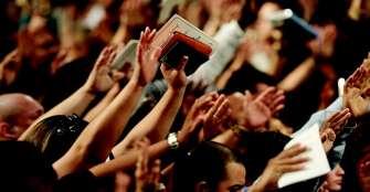 trump-autoriza-a-las-iglesias-a-reabrir-sus-puertas