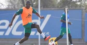 Mosquera amplía por tres temporadas su contrato con el León