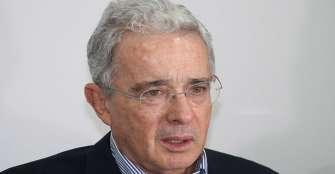 EEUU pide libertad para expresidente Uribe, a quien llama 'héroe'