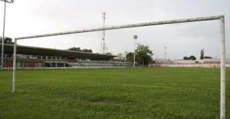 Sin certificado Retie, luminarias del estadio Alpidio Mejía de La Tebaida no pueden encenderse