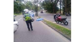 Mujer murió tras ser arrollada por motociclista: conductor escapó