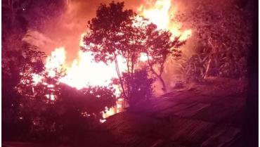 Incendio estructural en el sector de Las Américas dejó a 2 personas damnificadas
