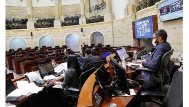 Senado aprueba presupuesto de 2021 por 313,9 billones de pesos