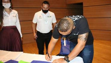 46-deportistas-firmaron-acuerdo-para-representar-al-quindio