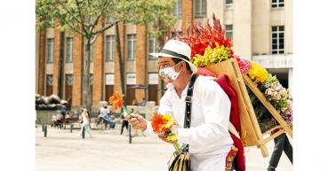 Silleteros vuelven al origen de su florida tradición por pandemia