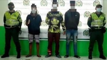 3 polizones extranjeros capturados por llevar 10.296 gramos de marihuana