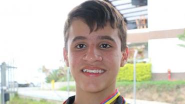 Miguel Londoño ganó oro en todo evento del menores de bolo 2020