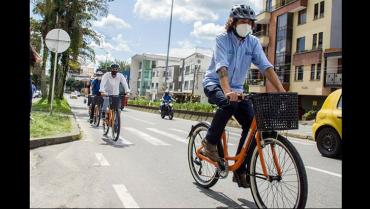 60 bicicletas a estudiantes de la Uniquindío