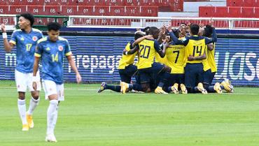 La pobreza futbolística colombiana la aprovechó Ecuador para golear
