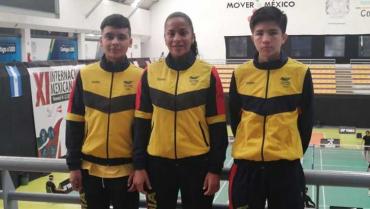 julieth-nicolas-y-sergio-son-colombia-en-suramericano-peruano-de-badminton