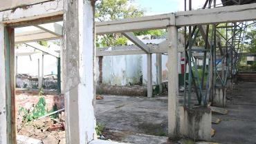 Cero avances; reconstrucción de 13 colegios 'perdió el año'