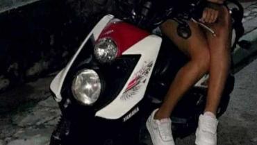 intimidaron-a-motociclista-y-la-robaron
