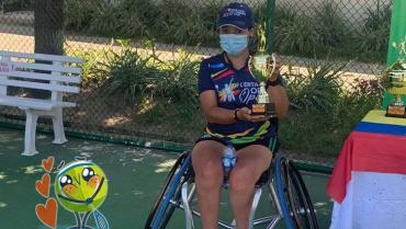 Érika Vásquez, segunda del open de tenis en silla de ruedas