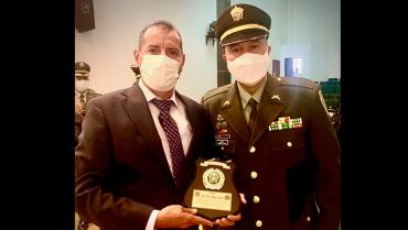 El empresario José Noel Amaya Cárdenas fue condecorado por la Policía por segunda vez