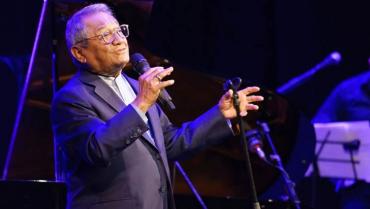 5 canciones con las que Armando Manzanero ablandó nuestros corazones