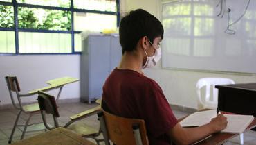 Con alternancia y protocolos de bioseguridad, a clases en 72 instituciones educativas de Armenia