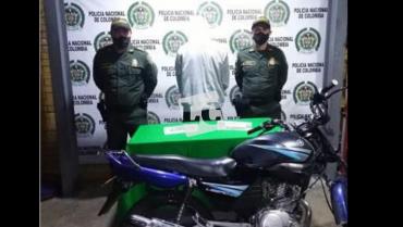 Capturado hombre por movilizarse en una motocicleta robada