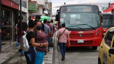 La incultura ciudadana, un mal pasajero del servicio de bus