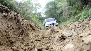 Vía de Planadas está en pésimo estado, habitantes piden intervención