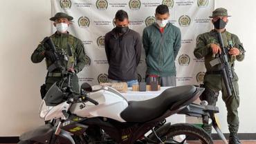 Prisión a 2 hombres por hurto calificado y agravado en Calarcá