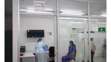 Listo el puesto de vacunación contra la Covid-19 en la Uniquindío