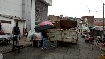 Varios vendedores de perecederos regresaron a la Placita Cuyabra