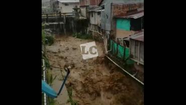 Por fuertes lluvias, crecientes e inundaciones en Pijao y La Tebaida