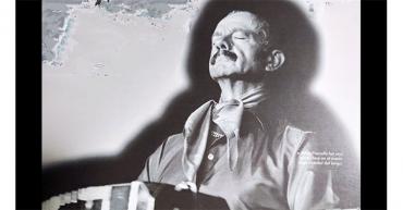 Hoy hace 100 años nació Astor Piazzolla