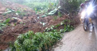 Por derrumbe, cerrada la vía en el sector de Tarapacá