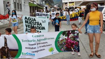 En Génova conmemoraron día del Agua, rechazando proyectos de hidroeléctricas