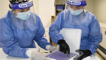 al-quindio-llegaron-5420-vacunas-sinovac-y-1380-de-pfizer-para-mayores-de-60-anos