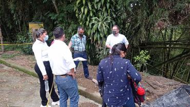 Se realizó reforestación  para controlar deslizamiento en barrio Medio Ambiente
