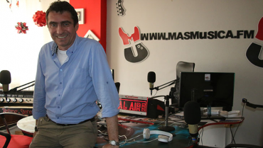 Federico Moritz, la voz de las emisoras musicales que sigue 'conquistando' a sus oyentes