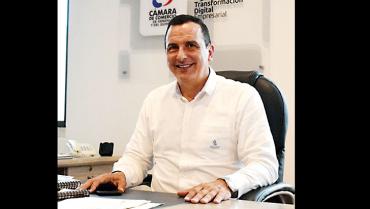 Rodrigo Estrada, un hombre  experto en trabajar