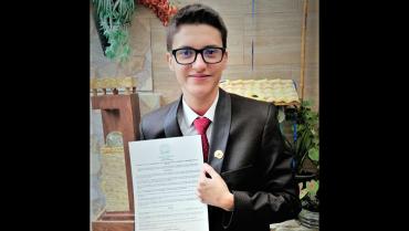 Un adolescente quindiano que promueve la integración económica y social entre China, México y Colombia