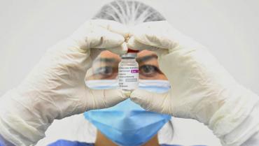No hay pruebas contundentes de que la vacuna Astrazeneca genere trombos