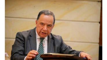 El senador Eduardo Enríquez fallece de covid-19