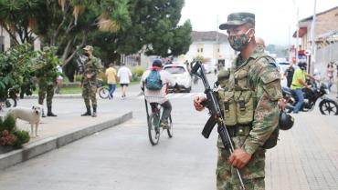 Alcaldía no descarta la asistencia militar