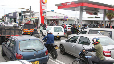 Pese al anuncio de desbloqueo, afectaciones por falta de combustible se mantienen