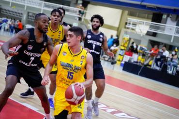 Cafeteros venció a Caribbean y avanzó a semifinales