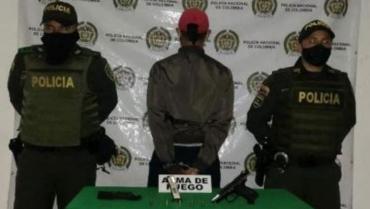 Hombre fue capturado en Calarcá con un arma de fuego