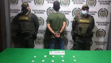 Hombre capturado en la 'Cueva del Humo' llevaba 60 dosis de cocaína