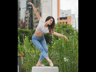 La bailarina María José Buriticá González recorre escenarios gracias al arte