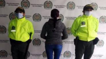 Mujer tenía orden de captura por transportar estupefacientes