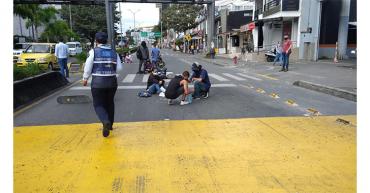 Por obra artística alusiva al paro nacional, cierre en la avenida Bolívar sentido sur-norte
