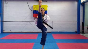 La taekwondista quinta del mundo expuso en Seminario de Actualización de Poomsae