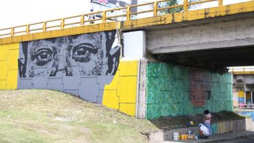 A través del arte, jóvenes le cambian la cara a los puentes de La Cejita