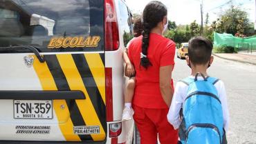 Transportadores escolares volvieron a rodar pero con 'freno de mano'