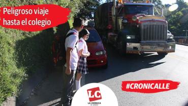 #Cronicalle | Niños arriesgan la vida en La Línea para llegar a la escuela