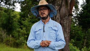 Transformó su finca ganadera en una reserva ambiental